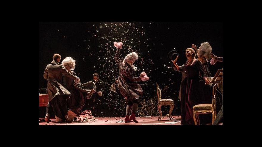 Video V Divadle na Vinohradech hraje Amadeus