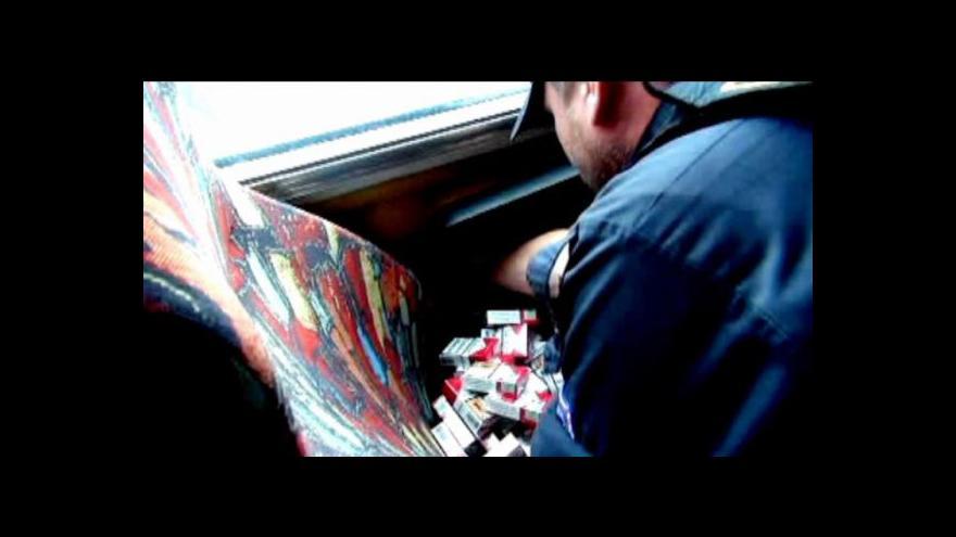 Video Kamerou ČT: Zátah celníků na pašování cigaret