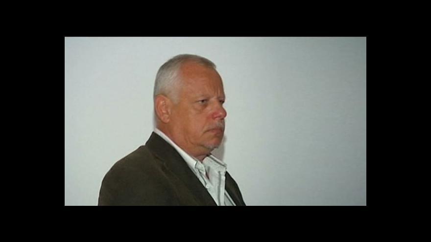 Video Soud osvobodil advokáta souzeného kvůli dvojitému honoráři