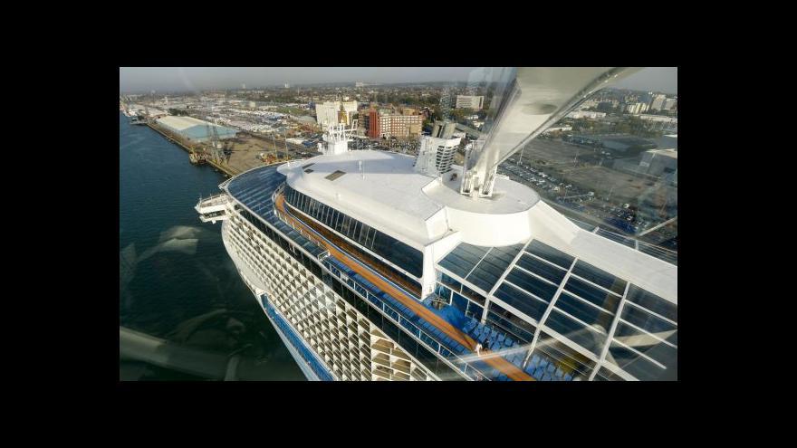Video Nejmodernější loď světa se vydala přes Atlantik