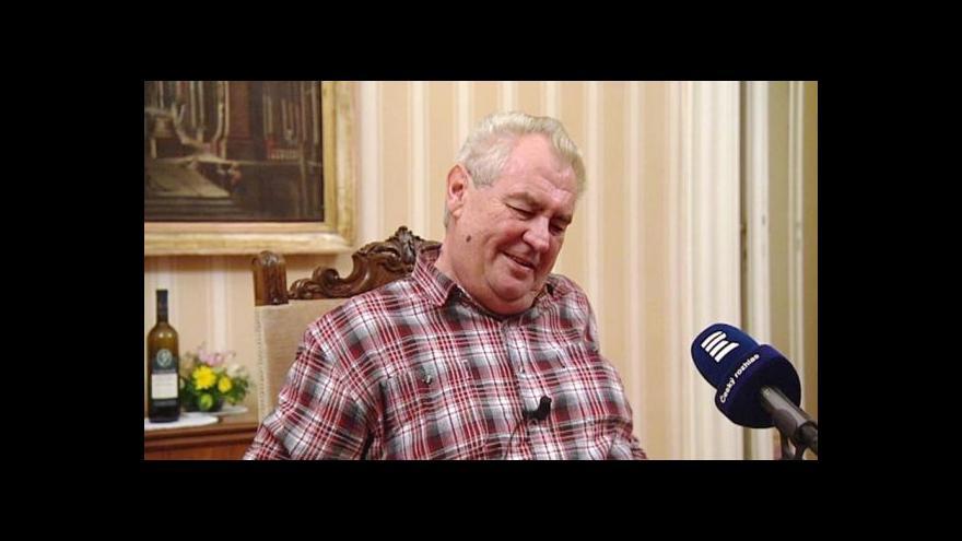 Video Zemana kritizují politici napříč stranami