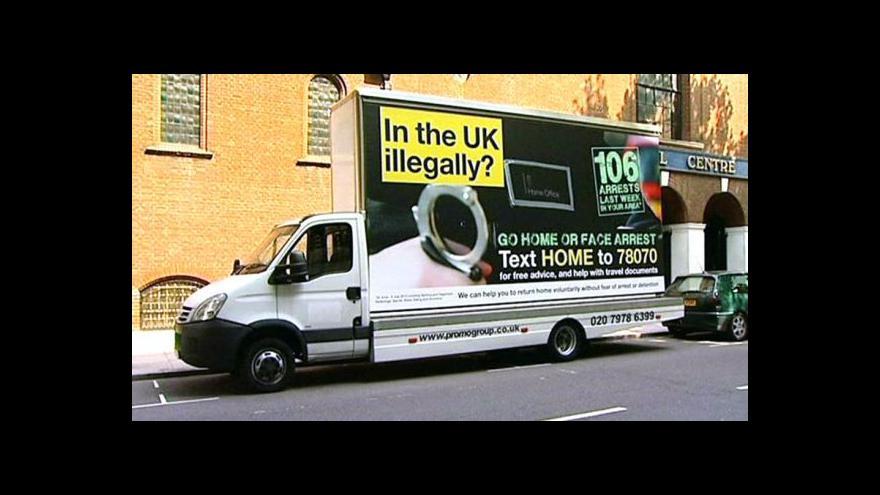 Video Britský spor o imigranty na mezinárodním poli