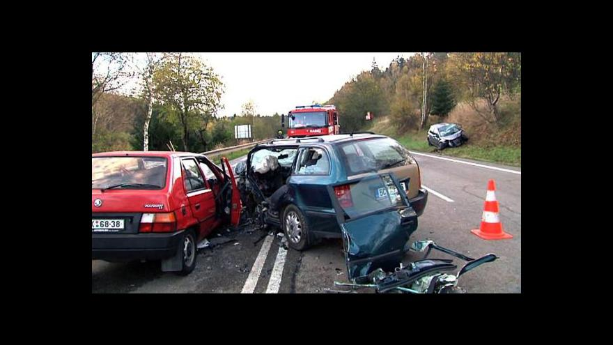 Video NO COMMENT: Záběry z místa nehody u Votic
