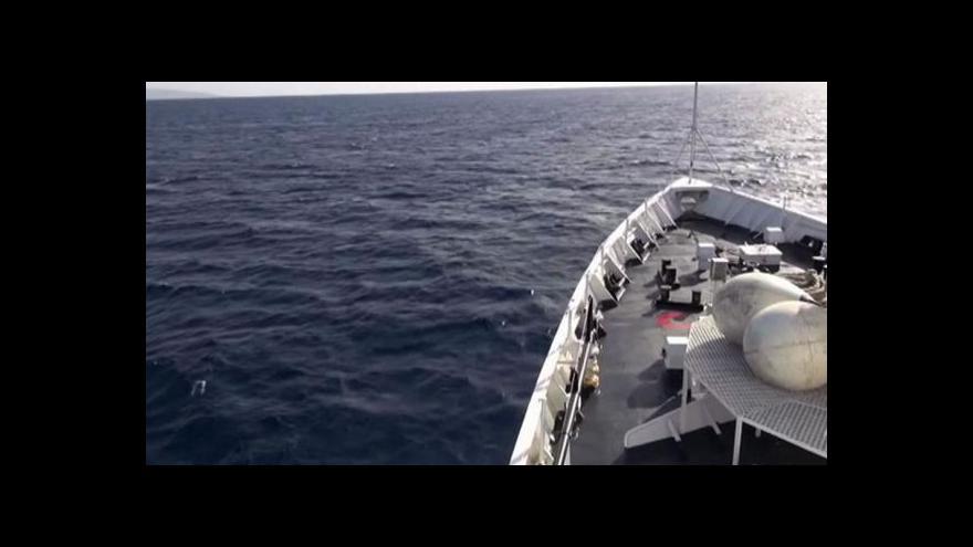 Video Ze severu Afriky letos připlulo už 100 tisíc imigrantů