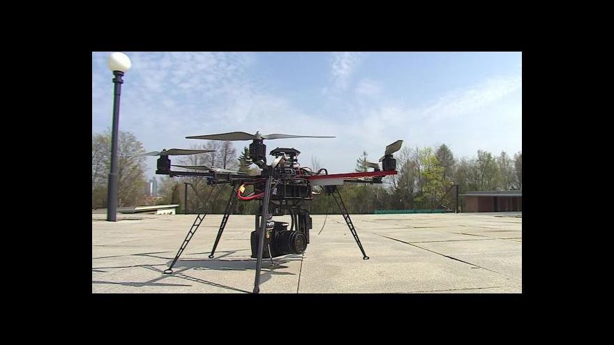 Video Drony - z hraček vražednými zbraněmi