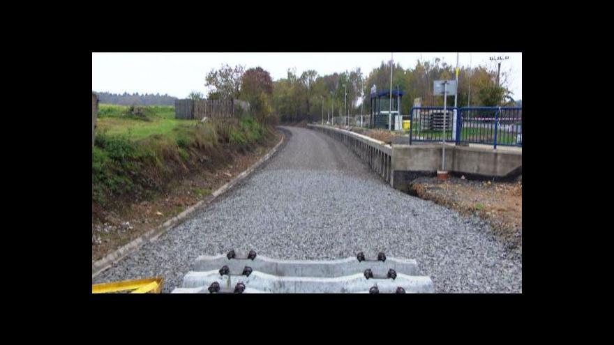 Video Za Chebem začala stavba 10 km trati na hranice