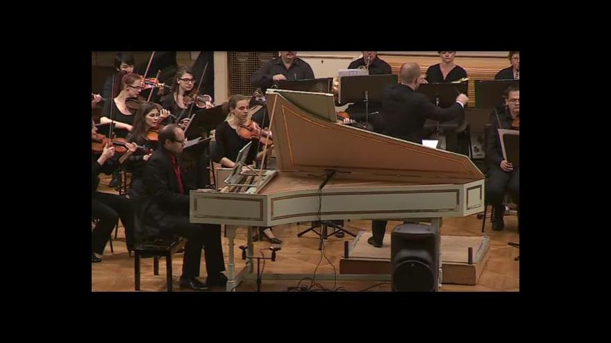 Video NO COMMENT: Ukázka z české premiéry skladby Philipa Glasse