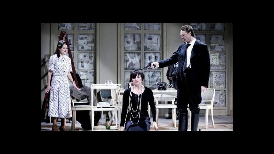 Video NO COMMENT: Černá komedie Hostina dravců v Mahenově divadle