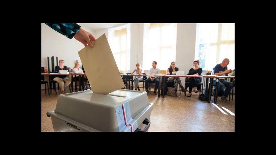 Video Patovou povolební situaci řeší ve Voděradech na Blanensku