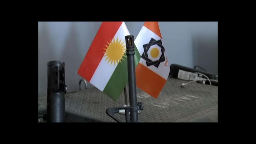 Video Americké zbraně pro Irák leckdy končí na černém trhu