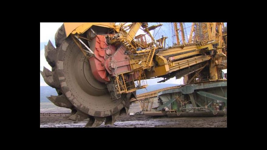 Video Události: Spor o poplatky za těžbu