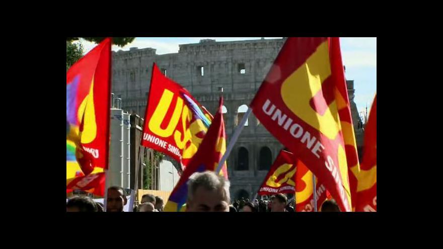 Video Řím zaplavily desetitisíce demonstrantů
