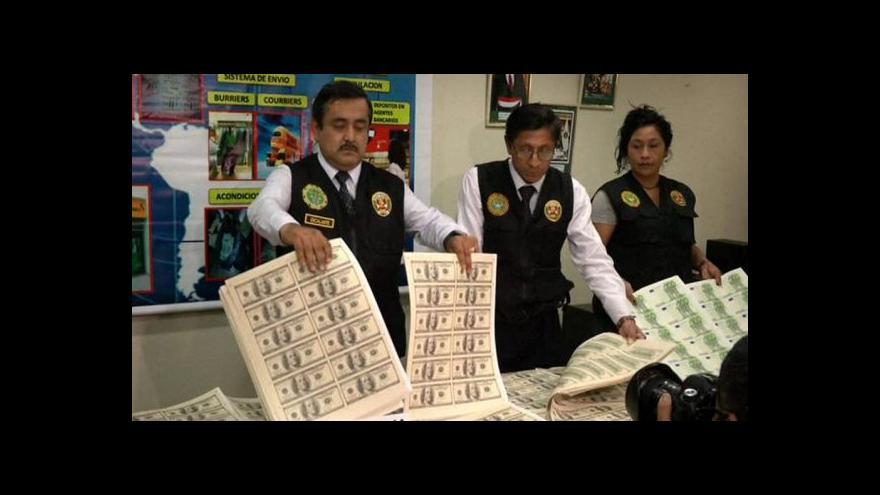 Video Padělané dolary jsou v Peru na denním pořádku