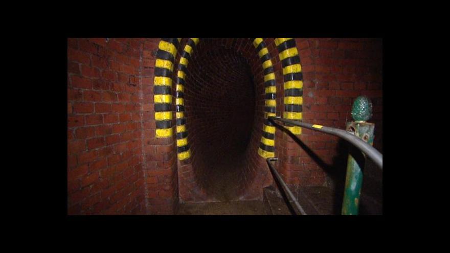 Video Z metropole: Shybka pod Čechovým mostem