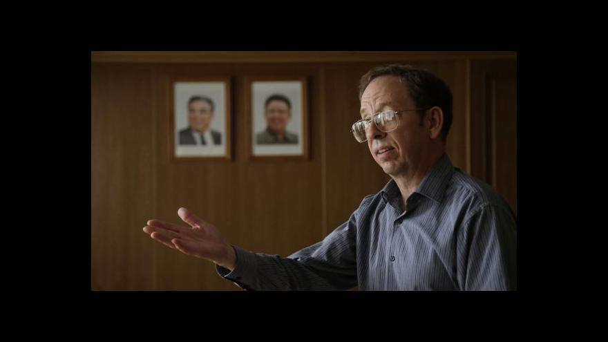 Video KLDR propustila zadržovaného Američana