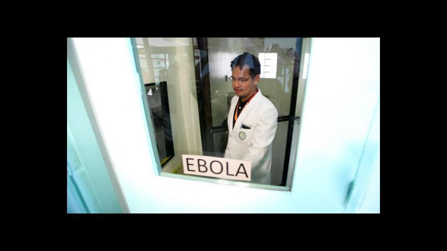 Video Události: Kontroly cestujících kvůli ebole
