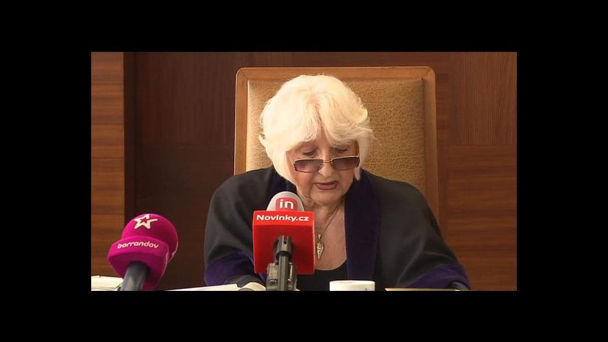 Video Soudkyně stále nemá rozsudek pro Janouška