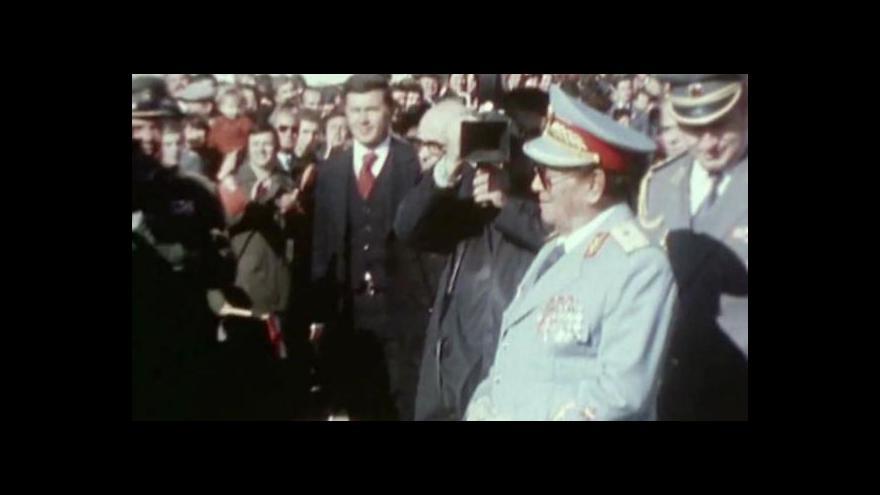 Video Titův socialismus s lidskou tváří byl velmi krvelačný