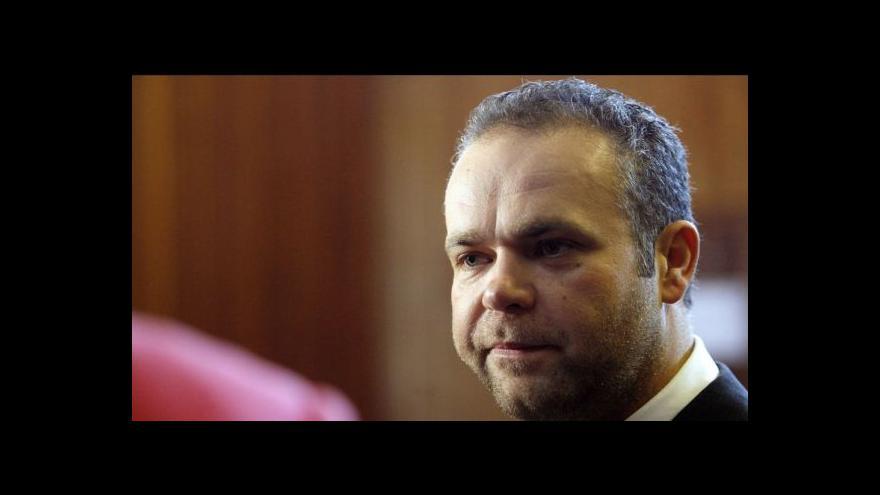 Video Události: Zabavený Krejčířův majetek vyfoukli exekutorům advokáti
