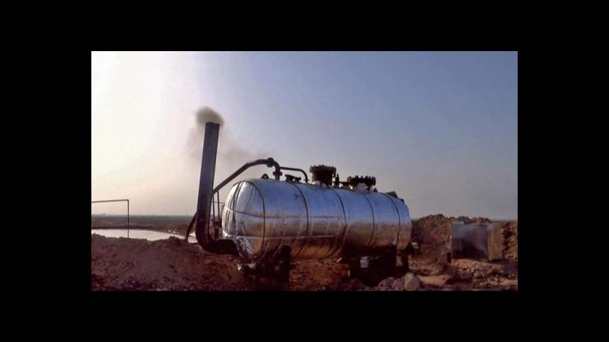Video Navzdory bojům na Blízkém východě klesají světové ceny ropy
