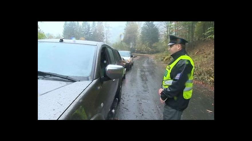 Video Řidiči nerespektují zákaz vjezdu pod Červenohorským sedlem
