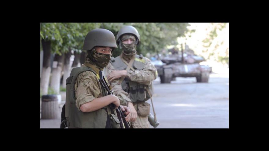 Video Rusové se mají stáhnout z hranic s Ukrajinou