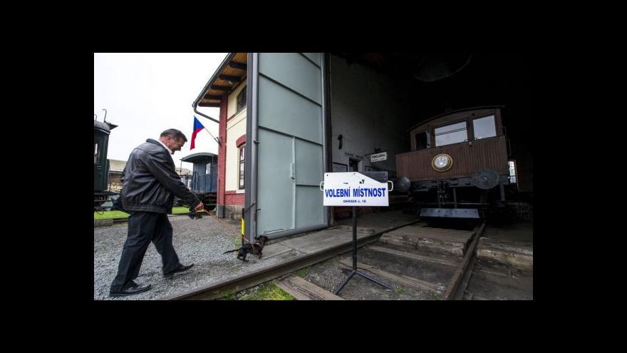 Video Volilo se i v muzeu železnice nebo u horské služby
