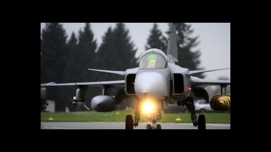 Video Gripeny odletěly na islandskou misi