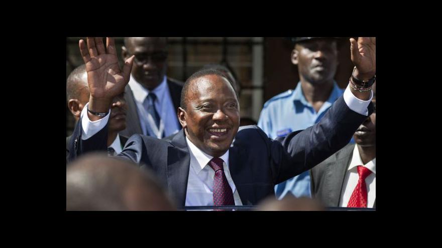 Video Horizont ČT24: Kenyatta je první hlava státu před soudem v Haagu