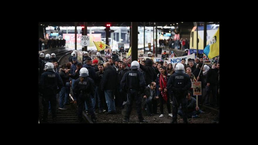 Video Robejšek: Policie vyřešila situaci až nad ránem