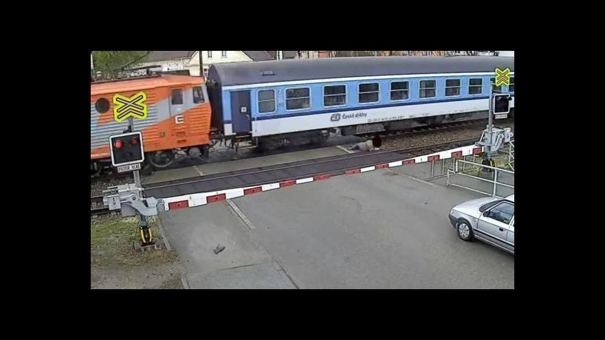 Video No comment: Nehoda v Rájci-Jestřebí (zdroj: Policie ČR)