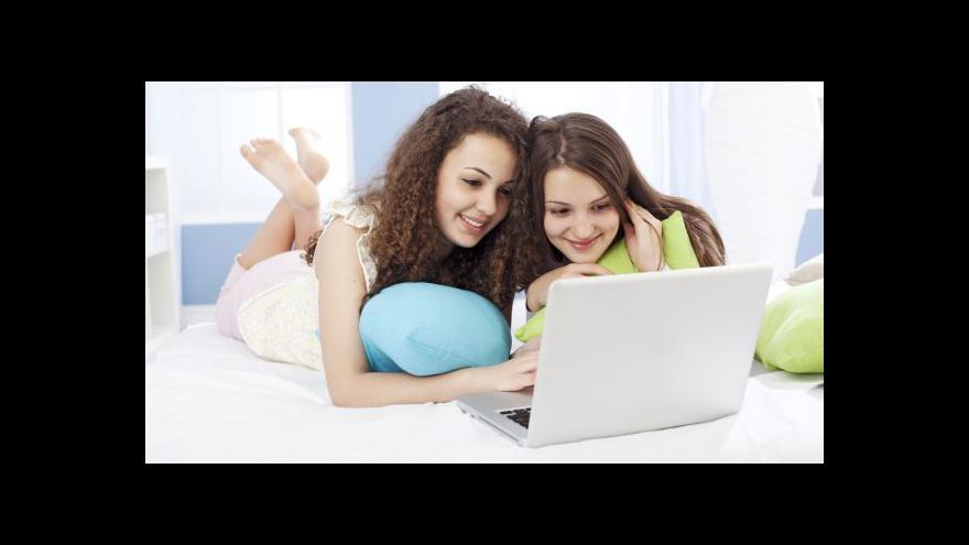 Video Psycholog: Dítě má pochopit, co ho na internetu láká