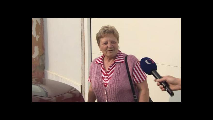 Video O návratu domů hovoří evakuovaní manželé Dostálovi