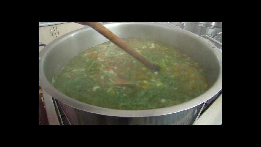 Video Změny ve školní kuchyni vaření neprodražily