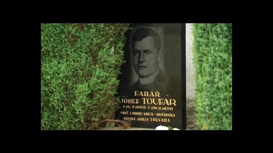 Video Umučený kněz Toufar by se konečně měl dočkat důstojného hrobu