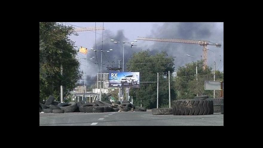 Video Porušované příměří - v Doněcku umírali civilisté