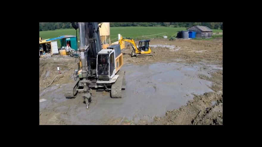 Video Nebezpečné chemikálie už Chrudim neohrožují