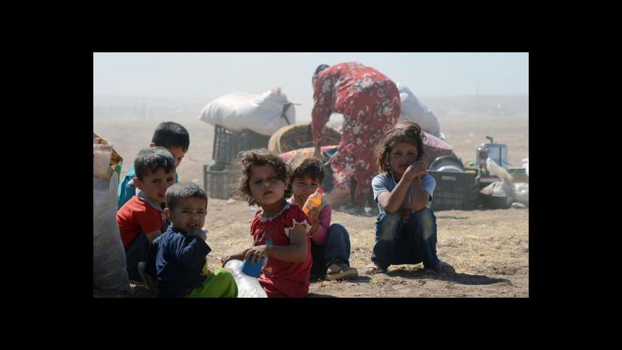 Video Desetitisíce kurdských uprchlíků v Turecku