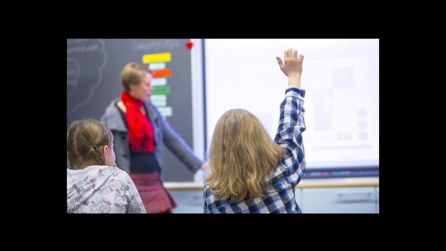 Video Nový školský zákon: Zákaz sladkostí na školách nebo celorepublikový registr učitelů