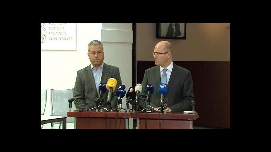 Video Brífink Bohuslava Sobotky a Pavla Grubera z Lékařů bez hranic