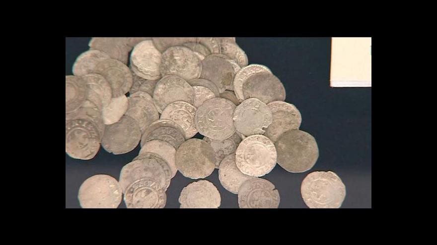 Video Veřejnost poprvé spatřila stříbrný boskovický poklad