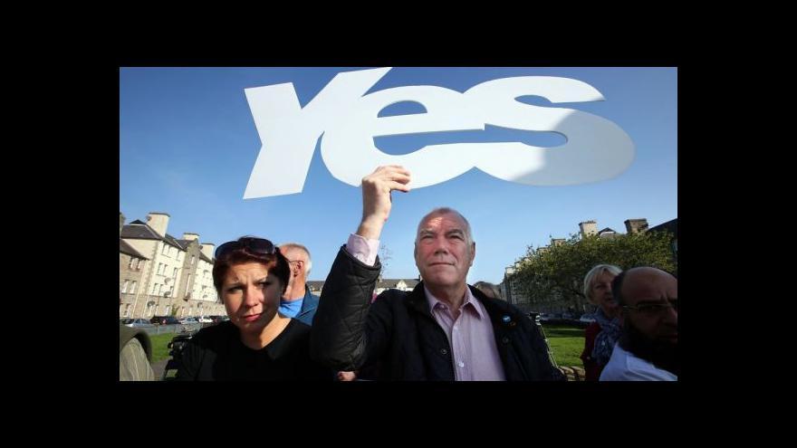 Video Britským nedělníkům dominuje skotské referendum
