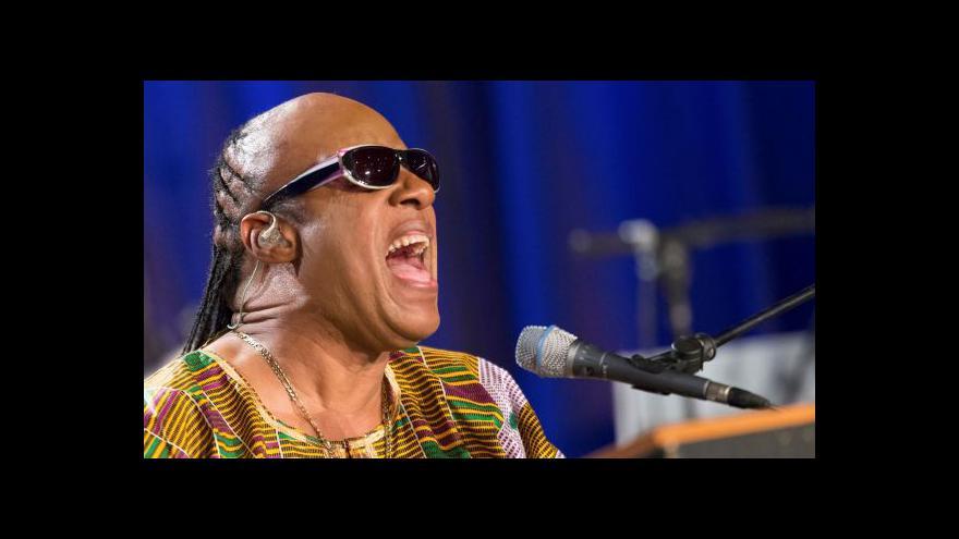 Video Stevie Wonder se vrací do minulosti