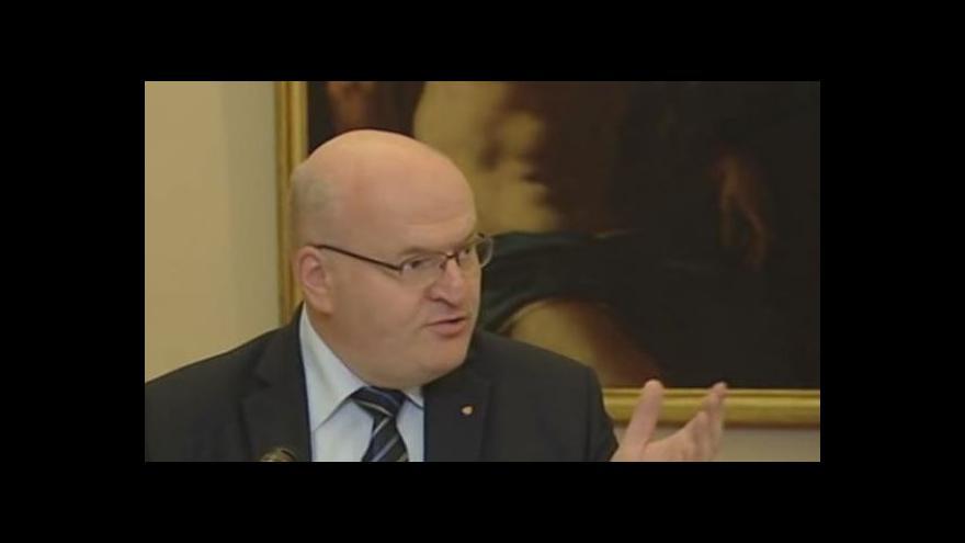 Video Ministr Herman: Na obrazech se nic nemění, pouze napravujeme křivdy