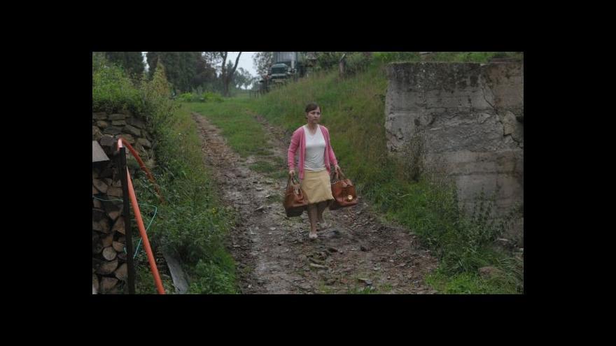 Video Alena Mihulová a Bolek Polívka - hlavní hvězdy filmu Domácí péče