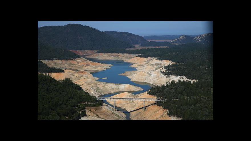 Video Kalifornie se kvůli rekordnímu suchu obává zemětřesení
