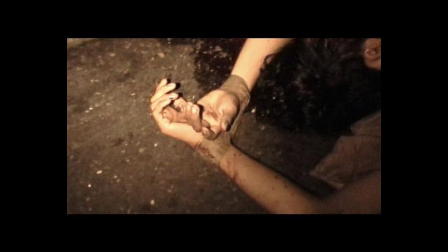 Video Nemmouche údajně v Sýrii mučil vězně