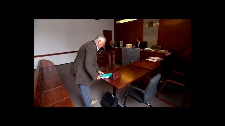 Video Advokát se zodpovídá z podvodu