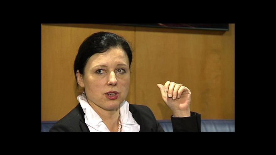 Video Jourová před schůzkou s Junckerem: Moje sebevědomí trvá
