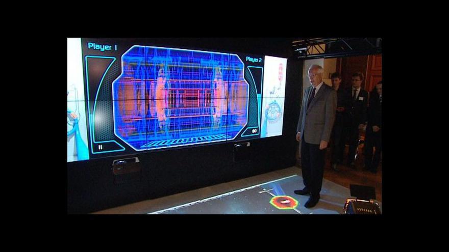 Video Šedesátiny CERNu slaví Fyzikální ústav interaktivní výstavou